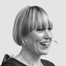 Ulrike Dolle spricht auf der meim 2016 Paderborn